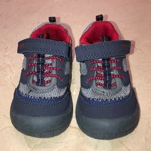 New OshKosh B'gosh Sneaker